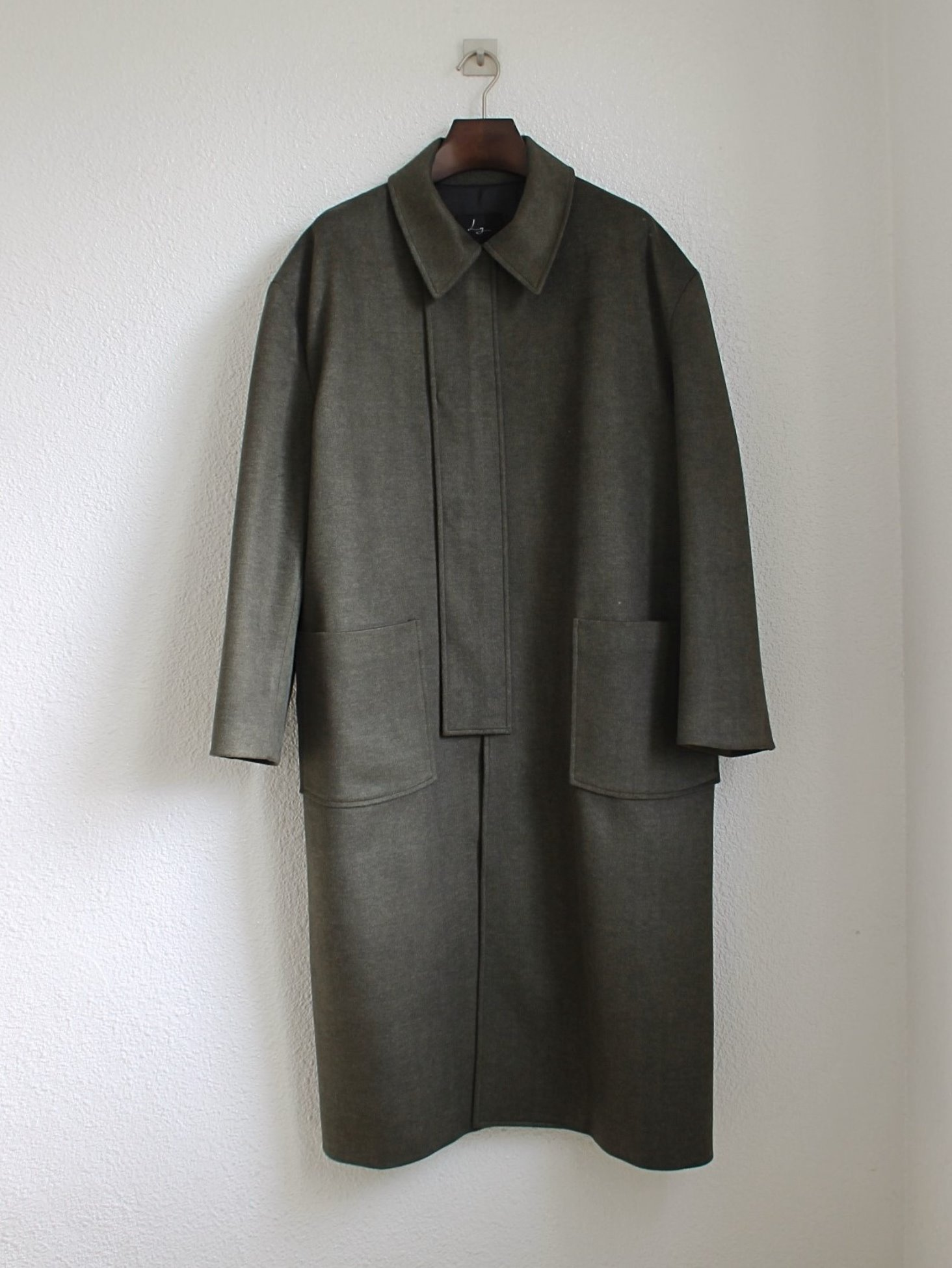 [Log] Oversized Cover Coat - Khaki