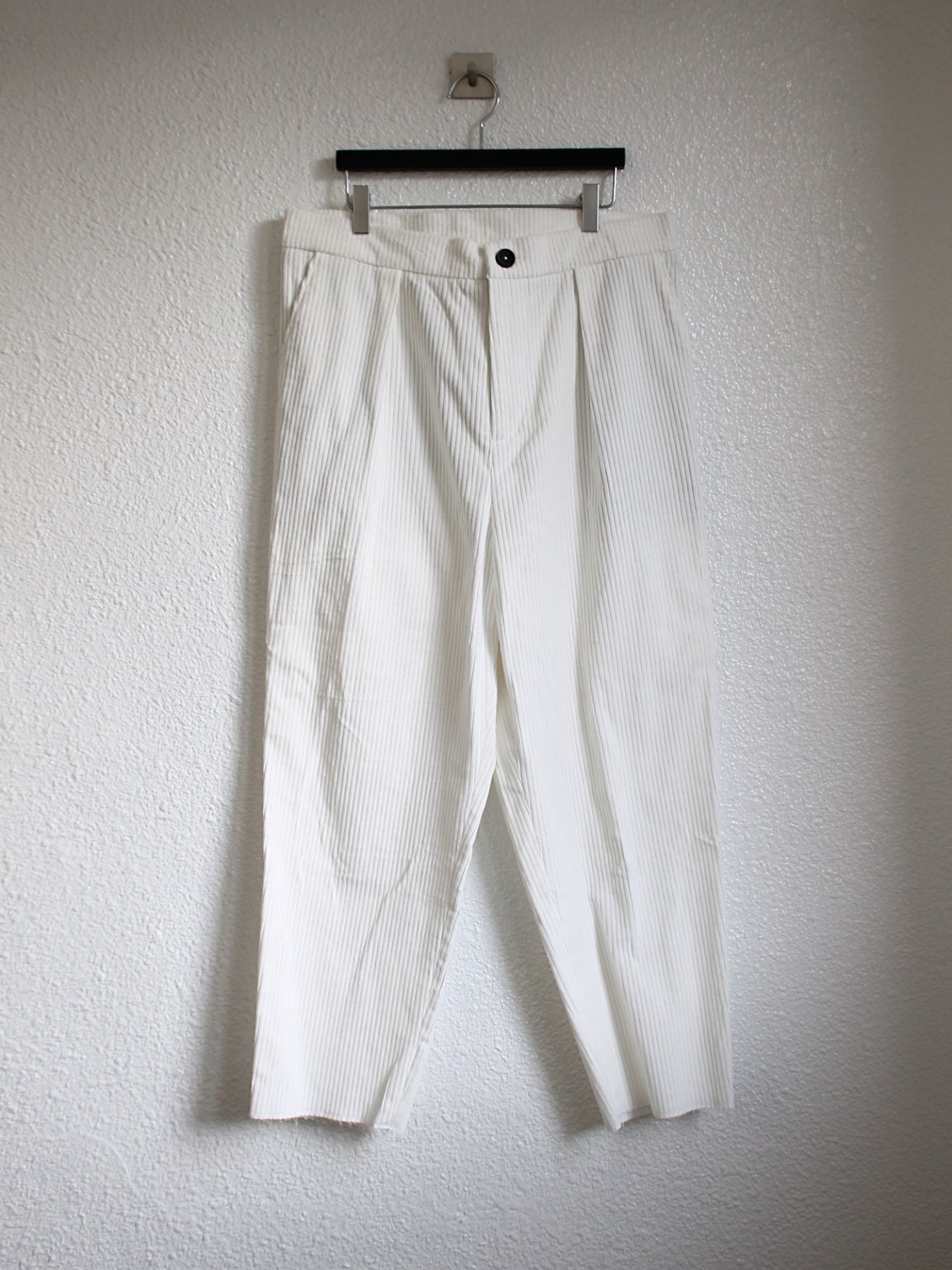 [An Irrational Element] Capa Trouser - White Corduroy